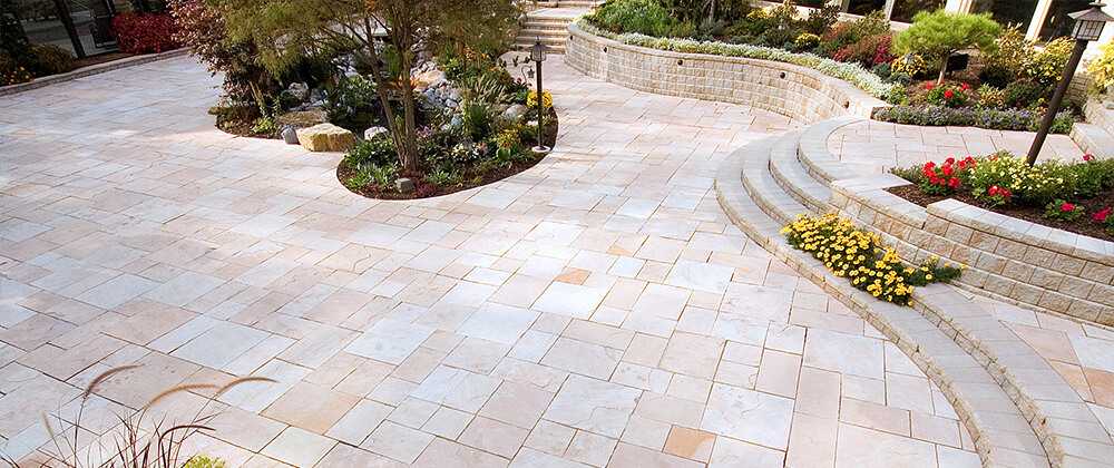 meyer-landscape-patio-paver-care-large-paved-area-with-plants