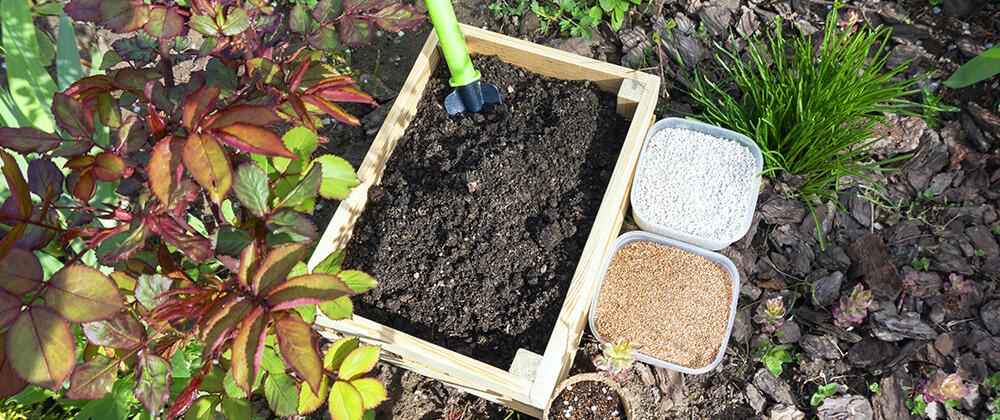 meyer landscape design understanding soil types amendments vermiculite perlite